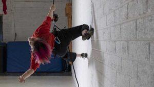 Linda Cullen Wall Running